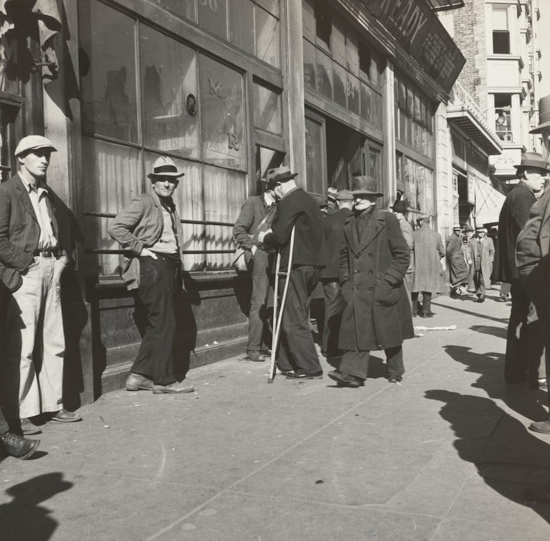 jobless in line from 1930's
